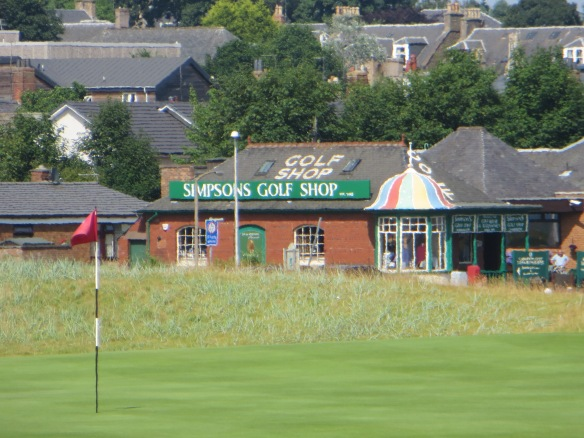Simpsons Golf Shop Carn 16