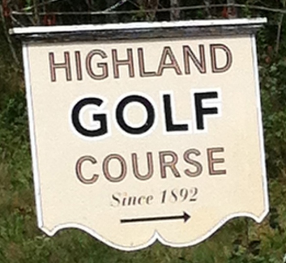 Highland Links Sign