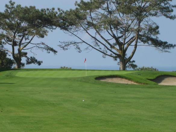 The sheer beauty of Torrey's 1st hole belies the difficult test that lies ahead.