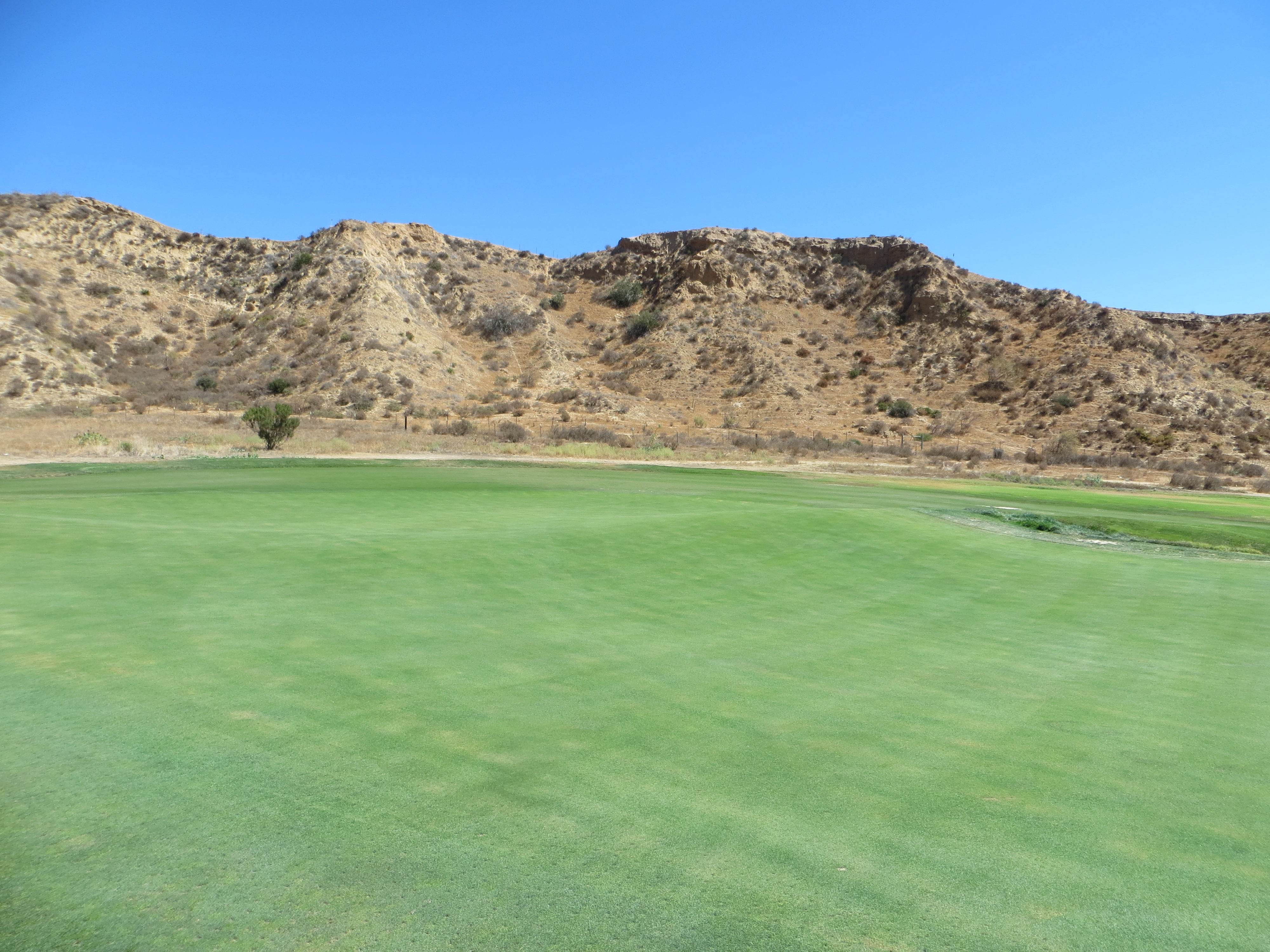 Slope Contour And Seamless Integration Of The Greens Into Fairways