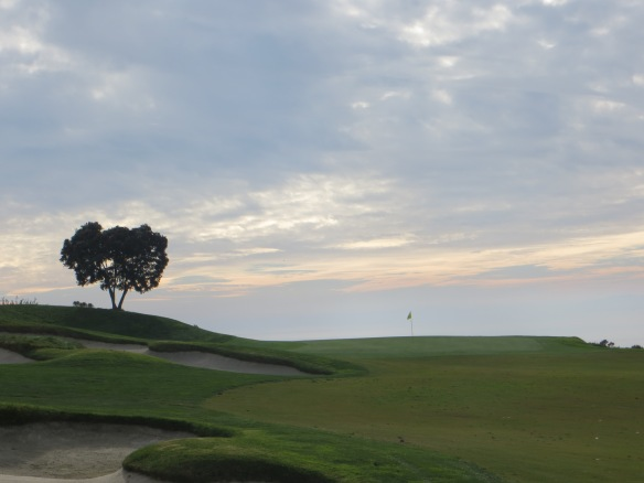 The green set against the horizon at #17 is especially pretty at dusk