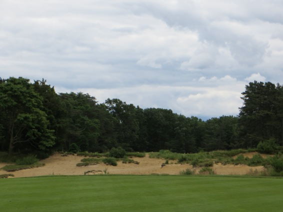 Negotiating Hell's Half Acre-an intimidating layup on #7